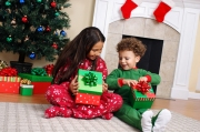 christmas-eve-gift-tradition-for-kids